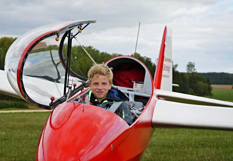 Georg Zimmermann bei seinem ersten Alleinflug
